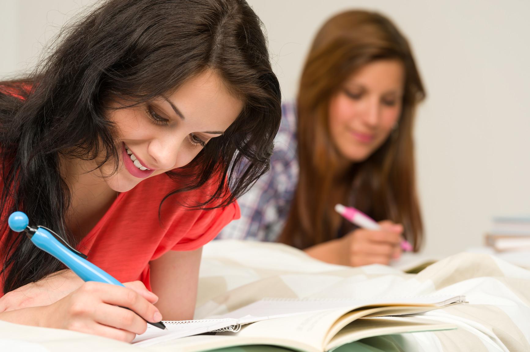 Αποτέλεσμα εικόνας για girls studying